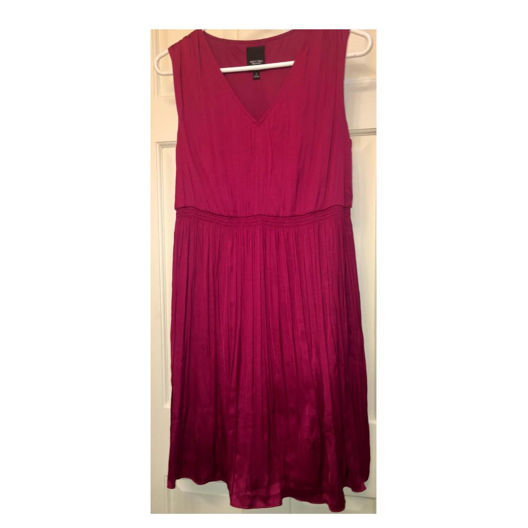Simply Vera Wang burgundy cocktail party dress Size S NWOT