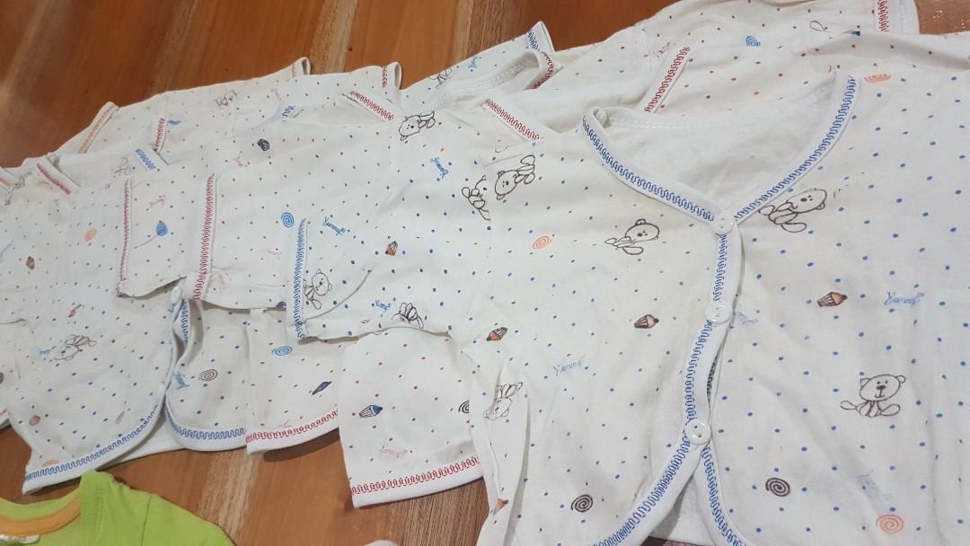 TAKE ALL 8pcs baju bayi newborn kaos atasan cewe cowo muat s.d 1 tahun piyama baju tidur sleepsuif
