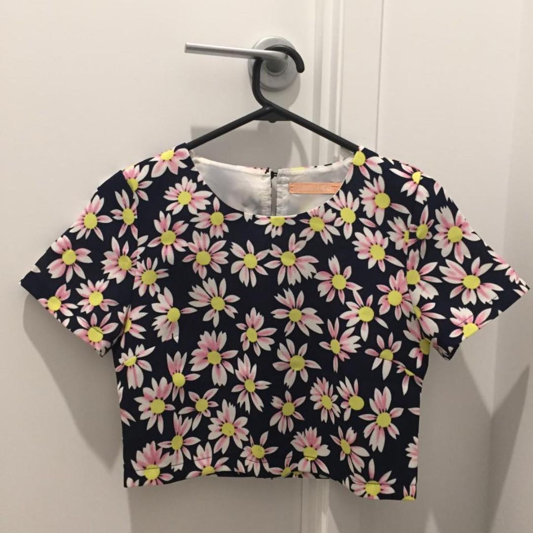 Verge Girl Daisy Crop Top (Aus Size 6)