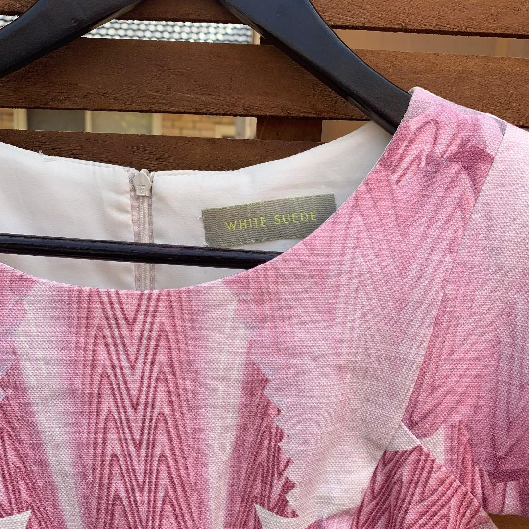 White Suede Pink geometric cap sleeved dress -size 10