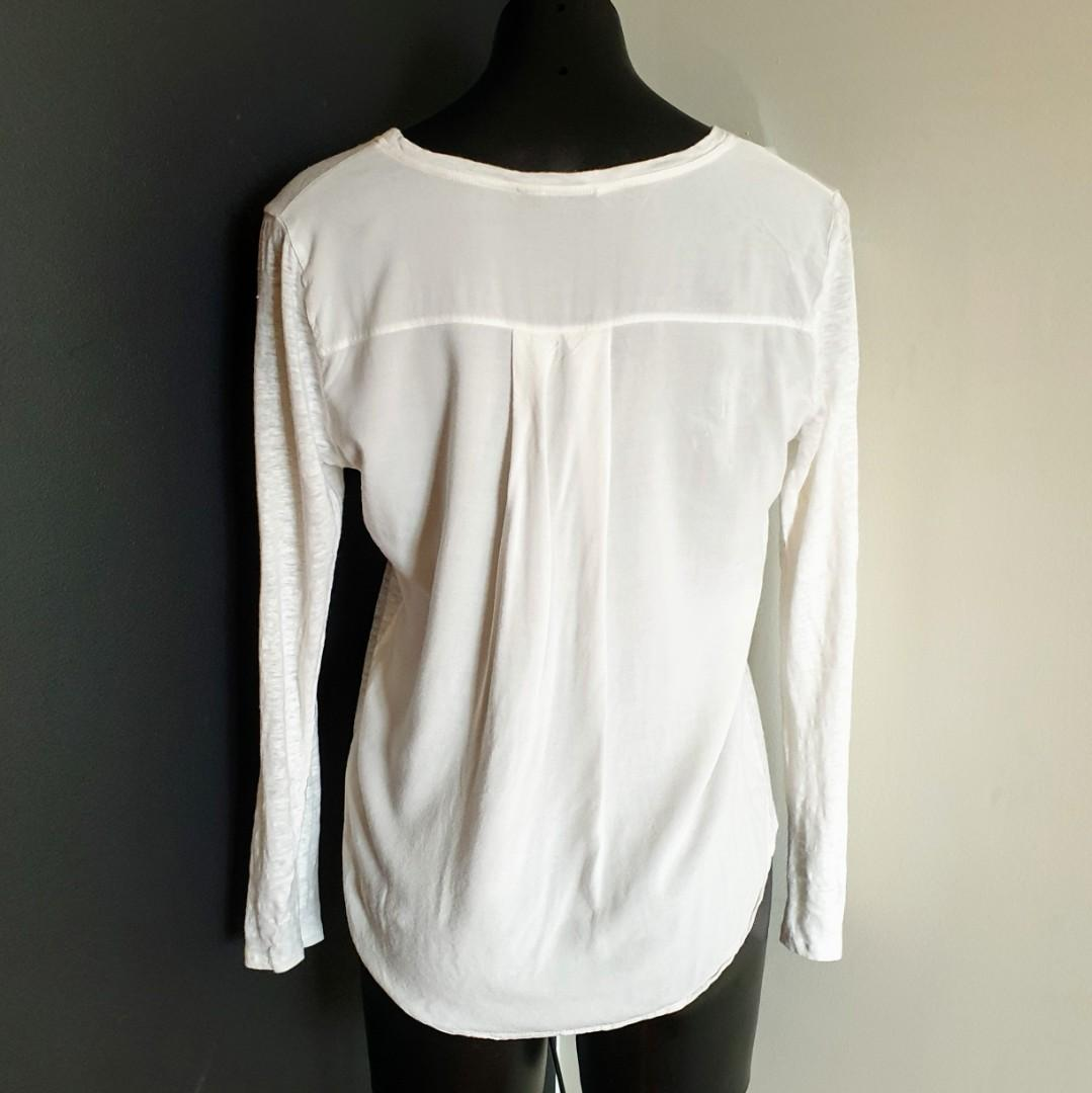 Women's size S 'SEED HERITAGE' Gorgeous white long sleeve blouse top- AS NEW