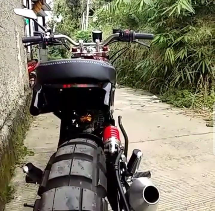 Yamaha Scorpio Z 225cc