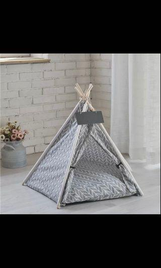 BRAND NEW PET TEEPEE TENT IN GREY