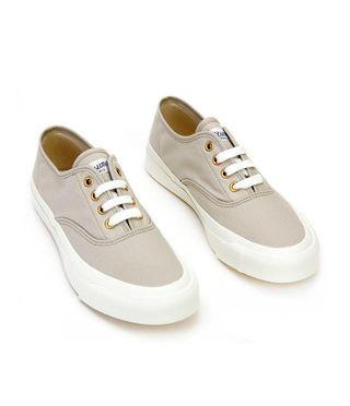 Maison Kitsune Classic Canvas Sneakers Beige