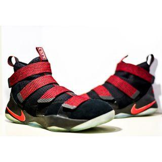 Nike Lebron Soldier XI or 11 size US 9.5