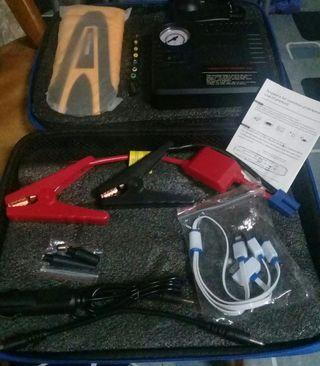 Jump starter kit with compressor for automobile tyre