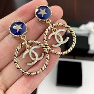 Chanel藍色星大圈耳環