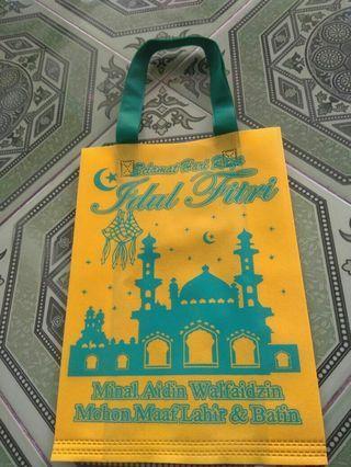 Goodie bag press tali sablon Idul Fitri ukuran 25x35 cm