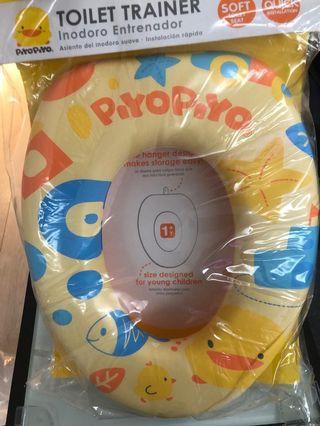 全新PIYO PIYO黃色小鴨(Toilet Trainer)幼兒學習便便。可愛圖案簡單易用易裝。愛錫寶寶,必備恩物。😃😃👏👏❤❤