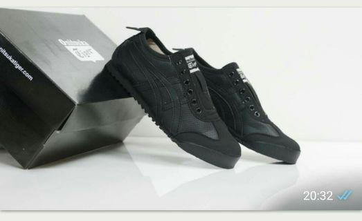 Sepatu Asics Onitsuka