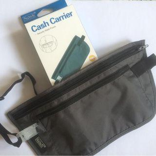 Cash carrier suitable for travellers