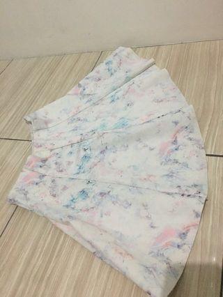 Rok mini / white skirt/ rok putih / rok Korean