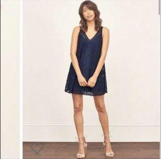 🚚 Abercrombie & Fitch navy lace dress