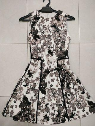 Saturday Club Floral Printed Sleeveless Dress