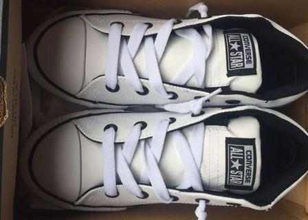 Converse - size 3