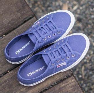 🔥$35🔥 Superga Periwinkle Flatform Shoes Size 36