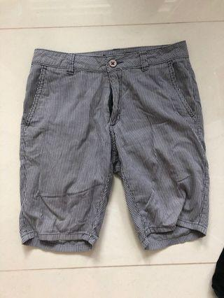 Grey stripped Berms- men
