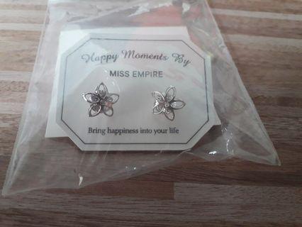 🚚 Miss Empire Earring