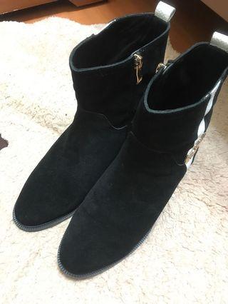 🚚 TB短靴