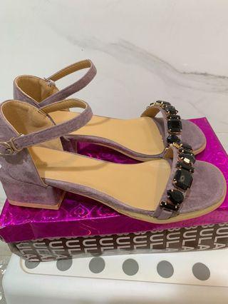 🚚 全新盒裝 粉紫色涼鞋 #37、39 各有一雙✨