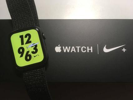  Apple Watch Nike+ Series 4 (44mm)