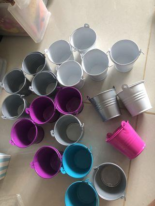 Mini pails mini buckets door gifts party favours