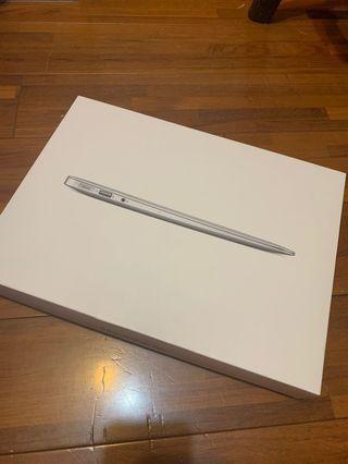 MacBook Air 13寸 128G