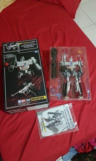 Transformer masterpiece Megatron MP-05