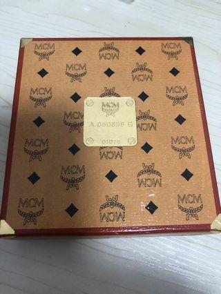 日本購 日本製 MCM方巾 約32x32cm 全新