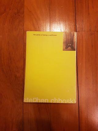 🚚 THE PERKS OF BEING A WALLFLOWER by STEPHEN CHBOSKY [PAPERBACK]