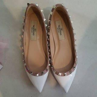Fast sale flat shoes Valentino Garavani mirror