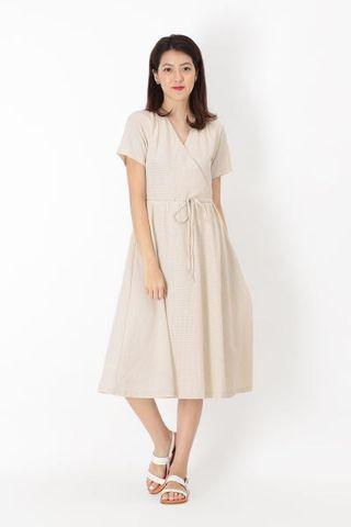 🚚 BNWT AForArcade Elyse Plaid Midi Dress - Cream