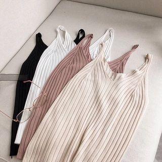 全新 簡約純色v領針織修身背心 黑色 #半價衣服拍賣會
