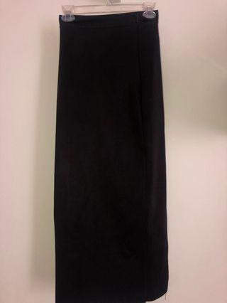 Rok Span Hitam - Slit Skirt