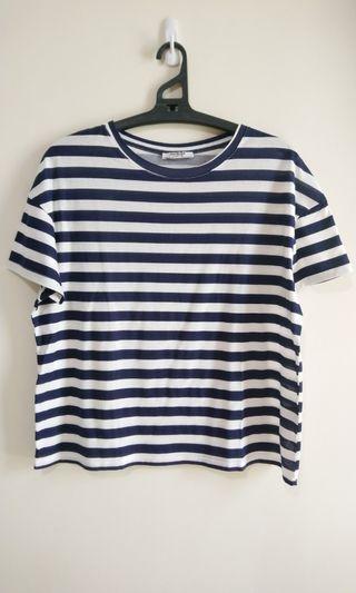 🚚 ZARA藍白條紋圓領衫