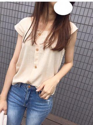 🚚 韓國 素雅氣質方領排扣小包袖棉麻上衣 (3色)
