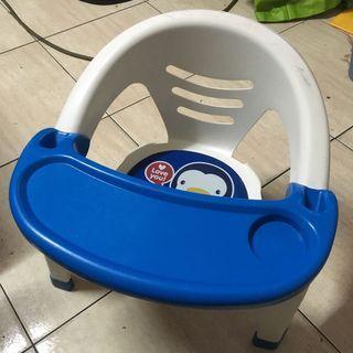 藍色企鵝餐椅 小椅子 puku 費雪 ikea