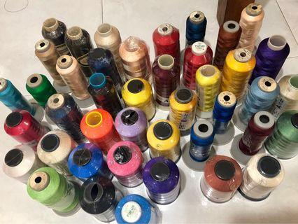 Mixed lot rayon & polyester embroidery thread