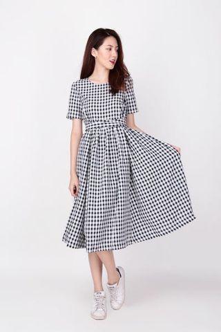 🚚 BNWT AForArcade Mathilda Gingham Tie Dress - Black