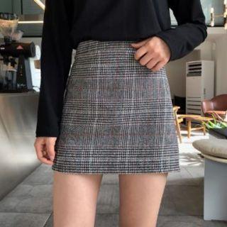 🚚 [現貨 韓國]GOGOSING 少女風腰部鬆緊格紋迷你裙 黑色