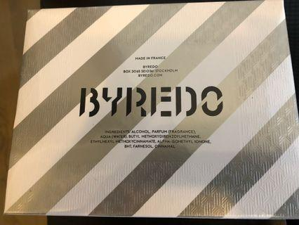 Byredo x off white 香水