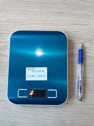 Kitchen digital scale 厨房电子秤 5kg/1g