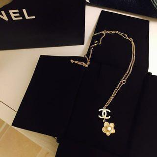 Chanel 花花necklace