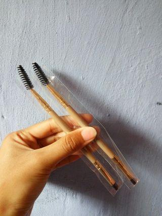 Eyebrow brush / spoolie / sikat alis
