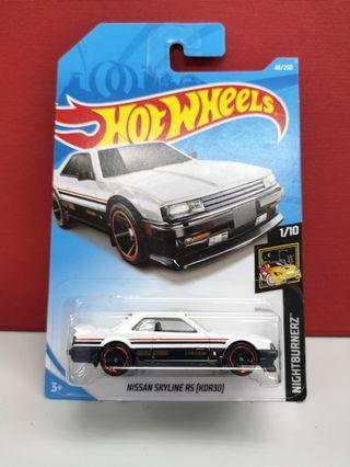 Hotwheels Nissan skyline rs
