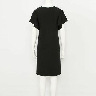 🚚 UNIQLO BRA荷葉邊連衣裙(短袖)