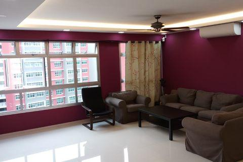 Master Bedroom and Common Room For Rent