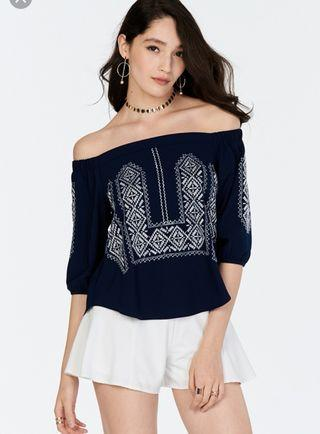 🚚 TCL Laisha Embroidered Off Shoulder Top