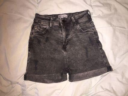 Bershka S ripped black high waist shorts