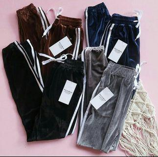 Jogger Pants Bludru Pull and Bear